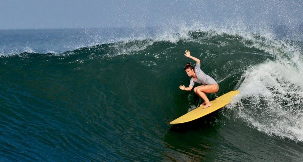 surf-deus.jpg-copy
